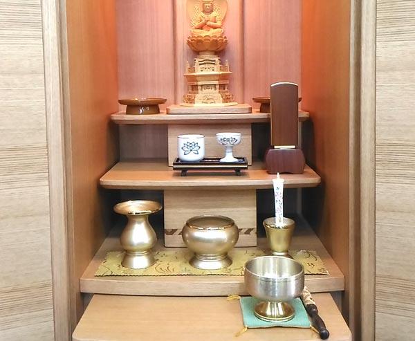 家具調仏壇真言宗