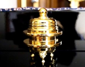 東本願寺の仏具火舎香炉