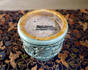 東本願寺用土香炉