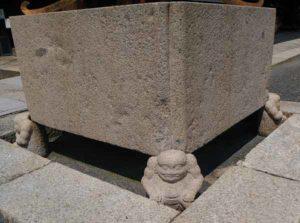 西本願寺の天邪鬼