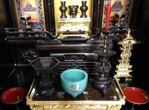 唐木仏壇仏具飾り方
